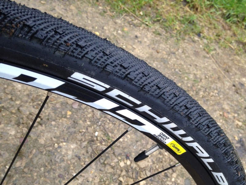 gravel bike tyre buying guide wiggle guides. Black Bedroom Furniture Sets. Home Design Ideas