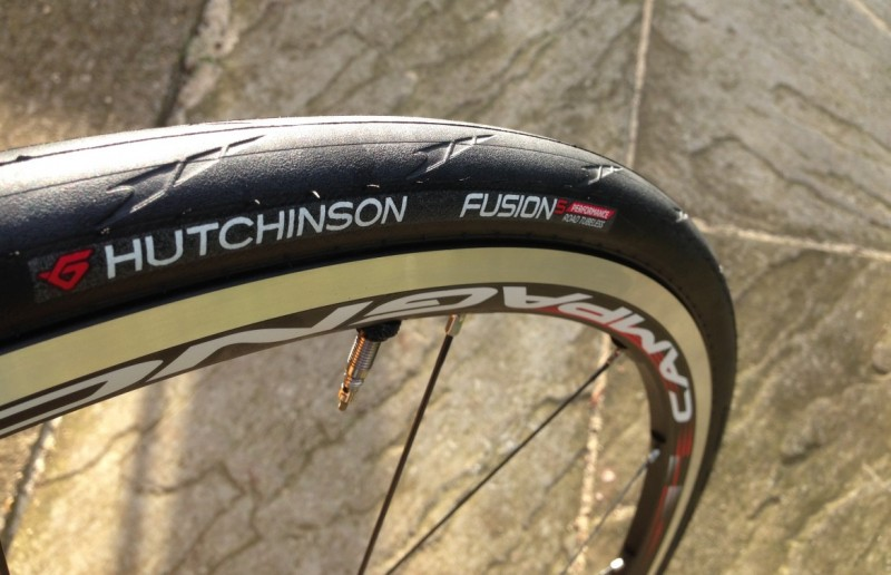 6ef89eea841951 Hutchinson Tires produce a great range of tubeless road tyres - available  at Wiggle