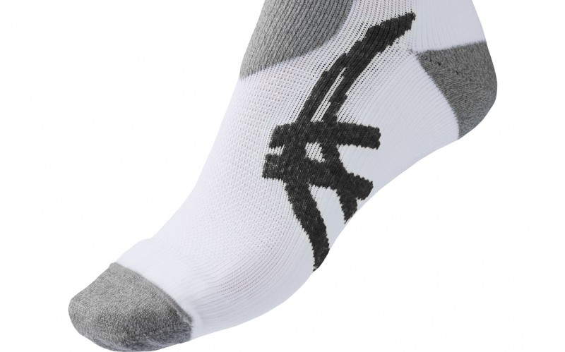 Image of one ASICS run sock