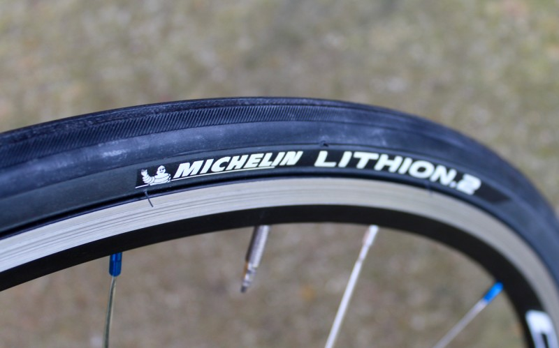 e186f362f55275 Road bicycle tyres explained