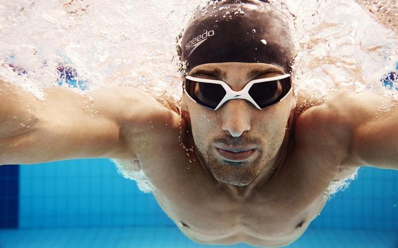 image of swimmer underwater wearing speedo goggles