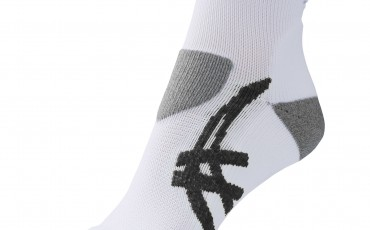 Image of one ASICS run sock