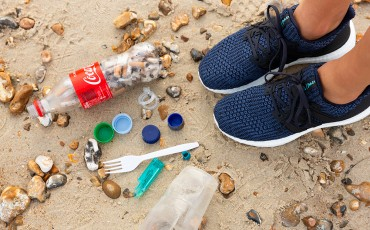 6 easy ways to beat plastic pollution
