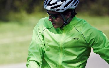 image of man wearing dhb cycle jacket